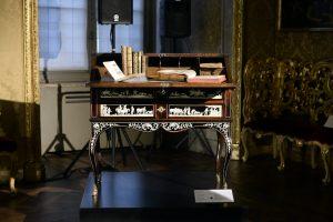 Torino 21 Novembre 2016 Presentazione della 30ma edizione del Salone del Libro di Torino svoltasi a Palazzo Madama. Nella foto: Scrivania di Luigi Prinotto Ph. Massimo Pinca/ Sync Studio